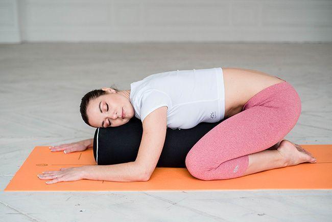 Качественная одежда и пропсы для йоги в Йогин