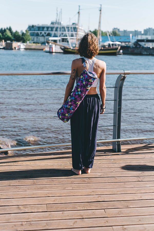 Лучшие сумки, чехлы, стяжки для йога-ковриков от Йогин